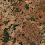 blaty kuchenne z granitu kolor bordeaux